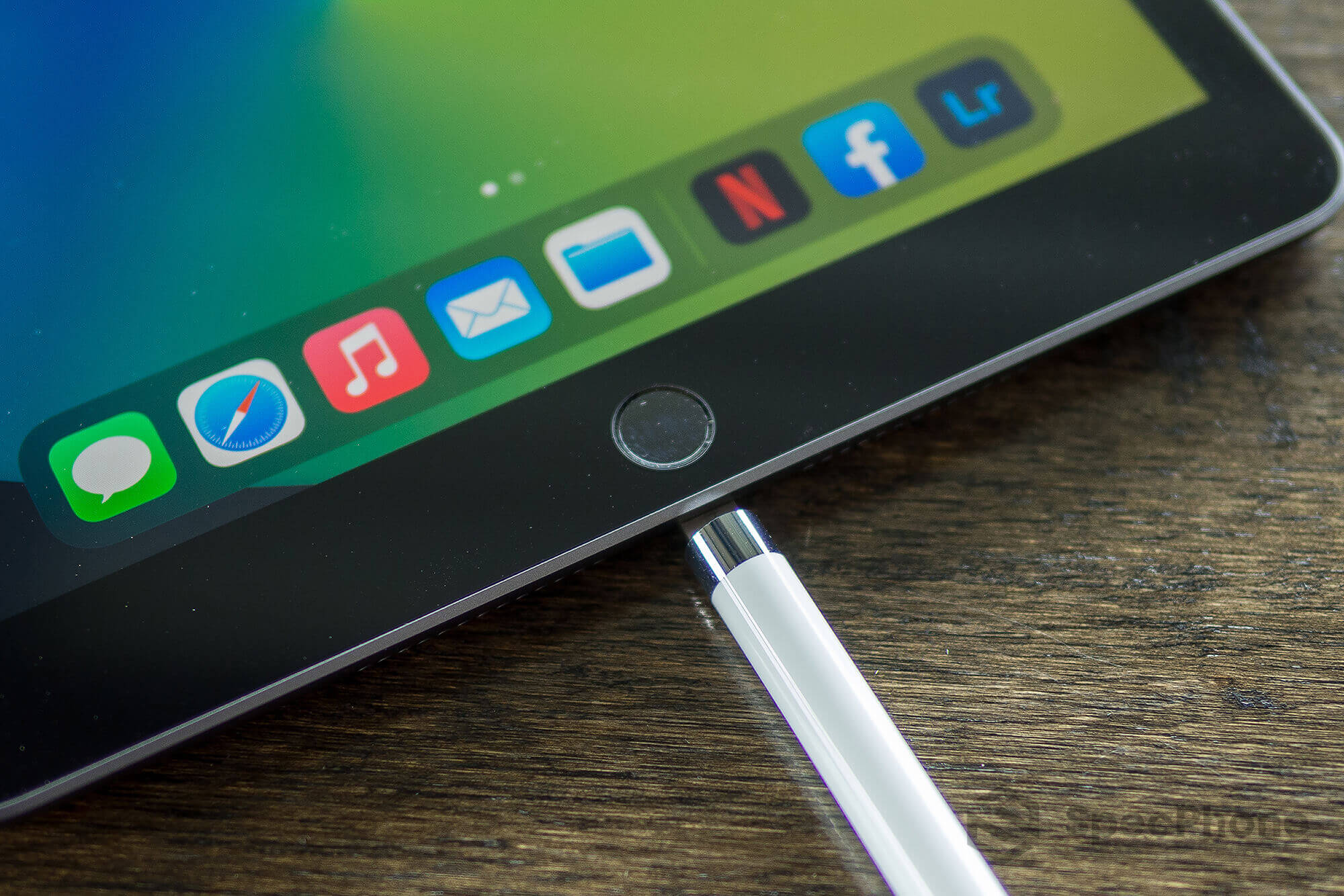 Review Apple iPad 8 SpecPhone 35
