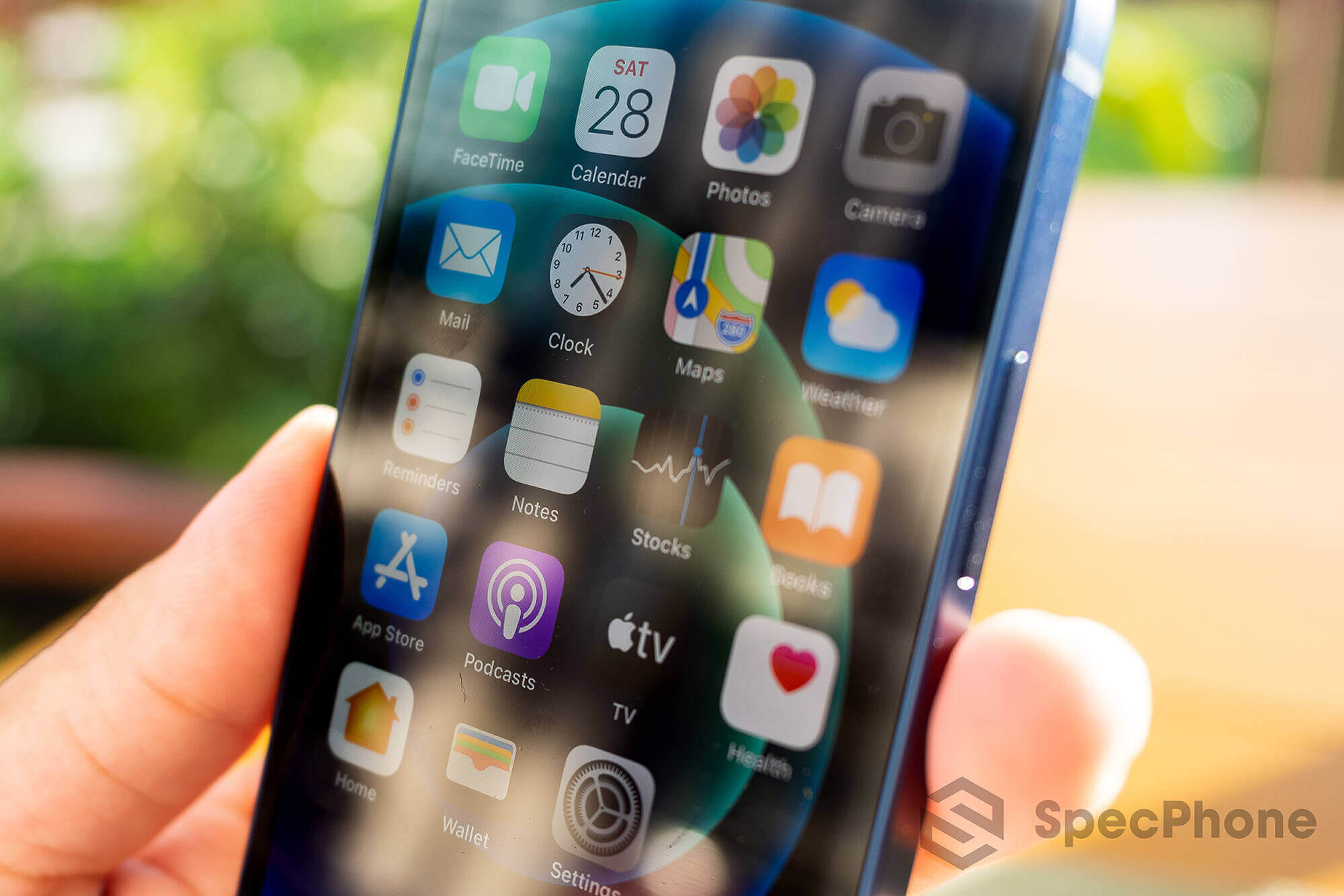 Review Apple iPhone 12 mini SpecPhone 15