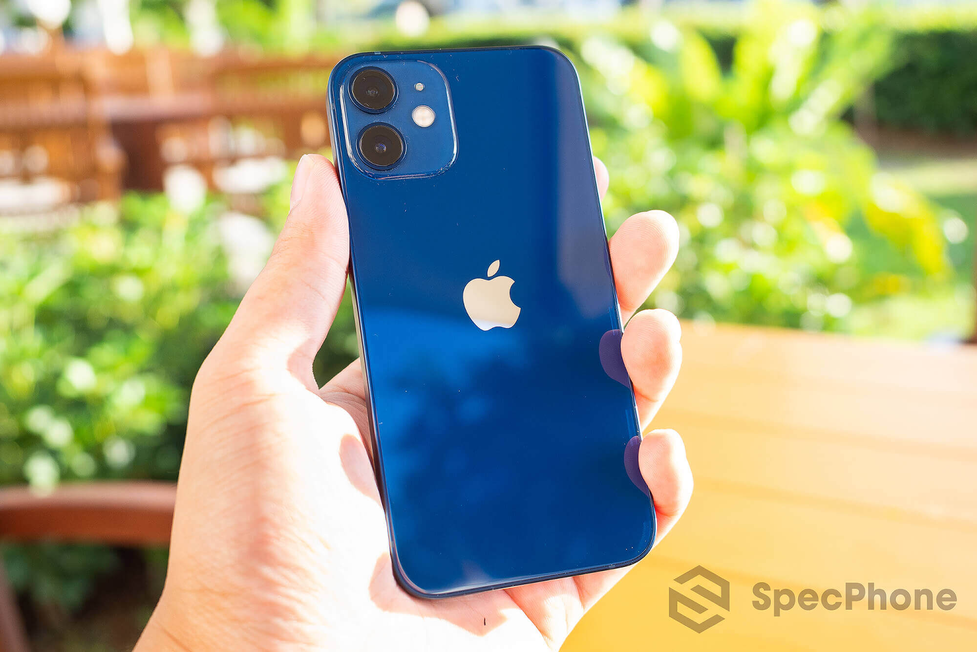 Review Apple iPhone 12 mini SpecPhone 19
