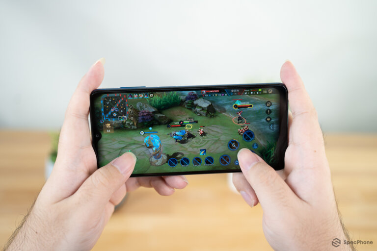 Review Samsung Galaxy A12 05