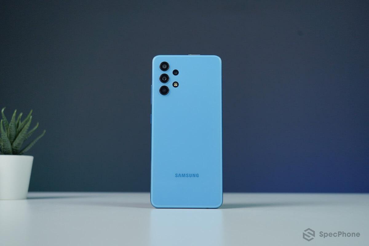 รีวิว Samsung Galaxy A32 4G LTE ซัมซุงราคาไม่เกินหมื่น ได้จอ 90Hz และกล้อง 64MP