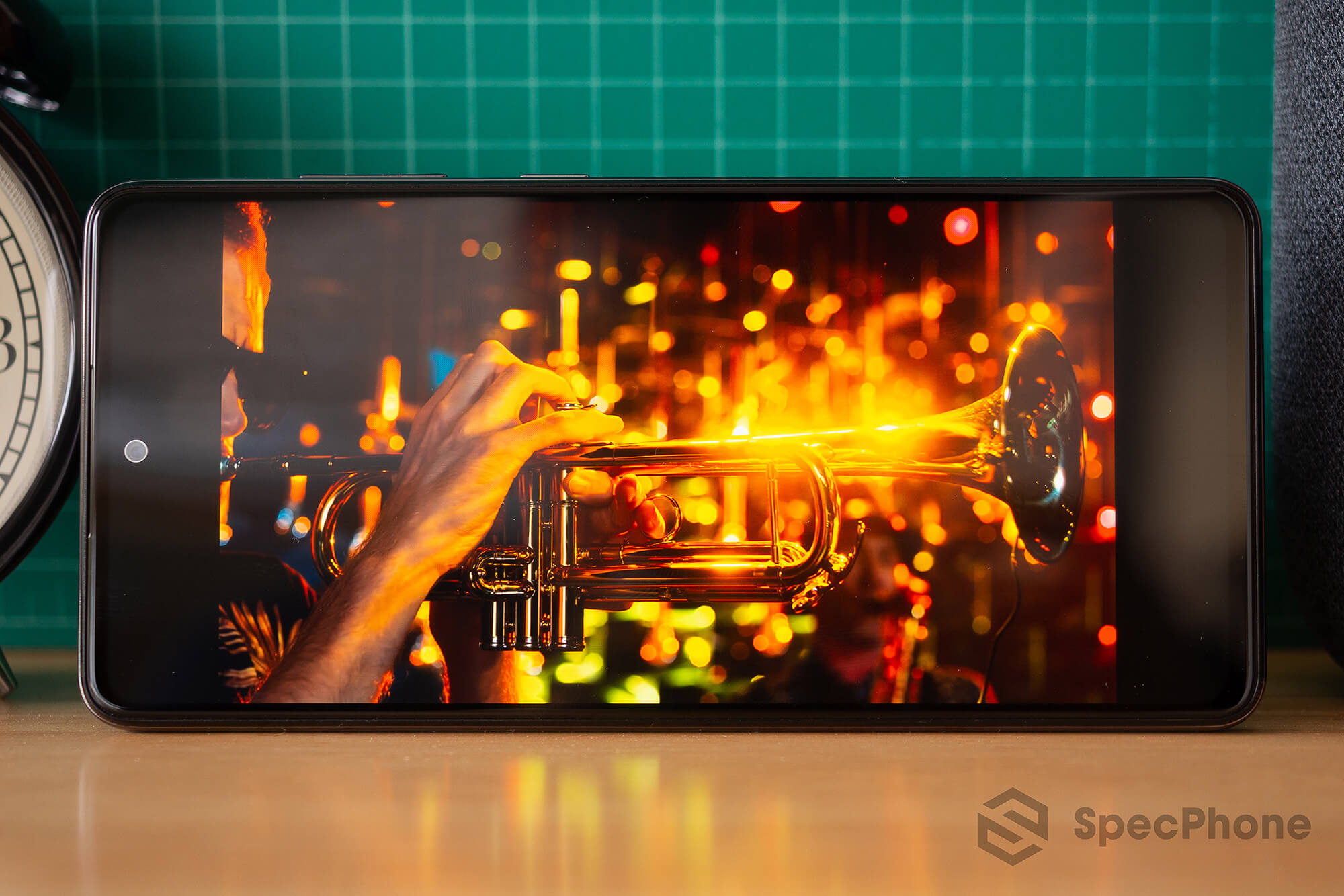 Review Samsung Galaxy A72 SpecPhone 32