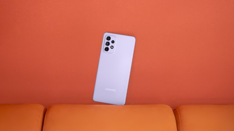 Galaxy A72 Awesome Violet 1