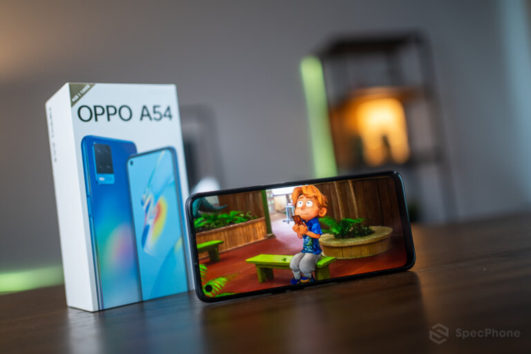 Review OPPO A54 03