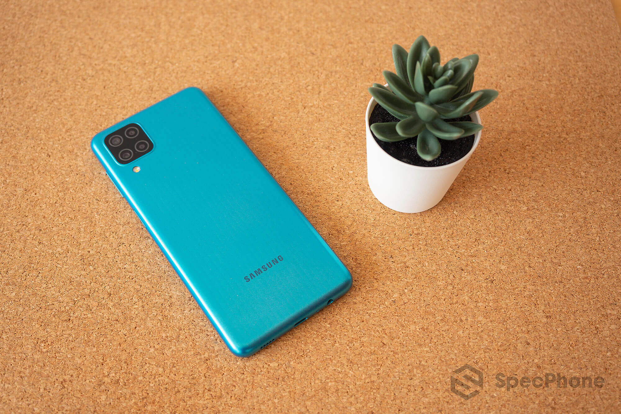 Review Samsung Galaxy M12 SpecPhone 32