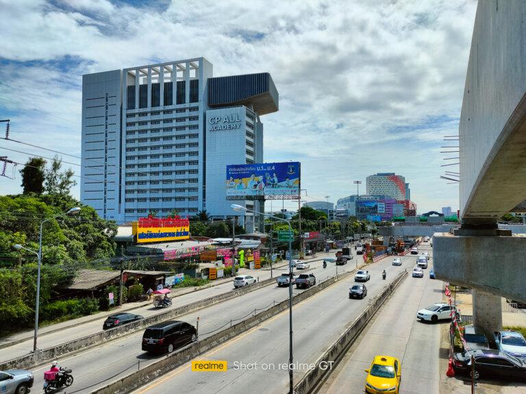 Shot on realme GT 5G SpecPhone 00006