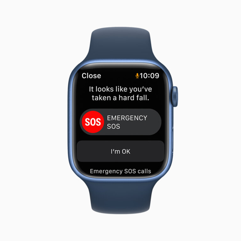 Apple watch series7 fall detection 09142021 carousel.jpg.large 2x