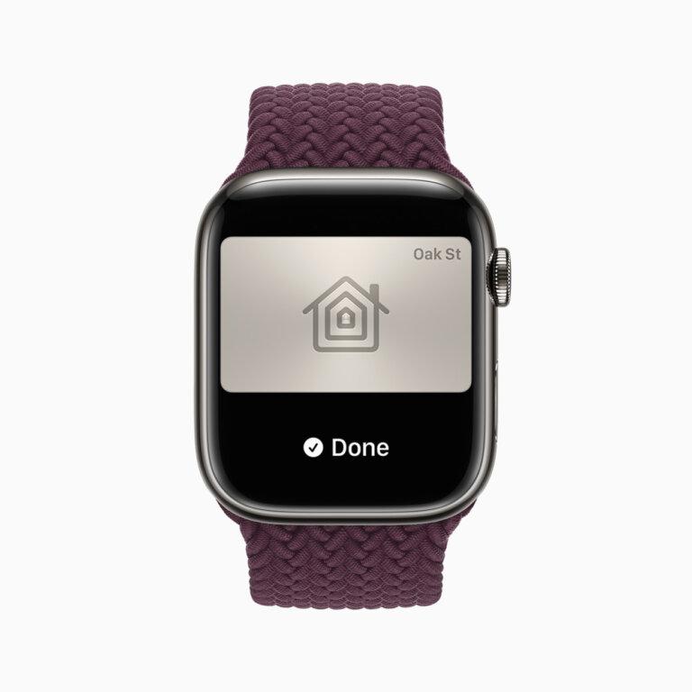 Apple watch series7 watchos homekey 09142021 carousel.jpg.large 2x